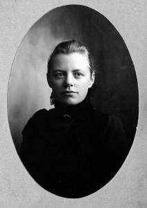 Ada Nilsson som ung