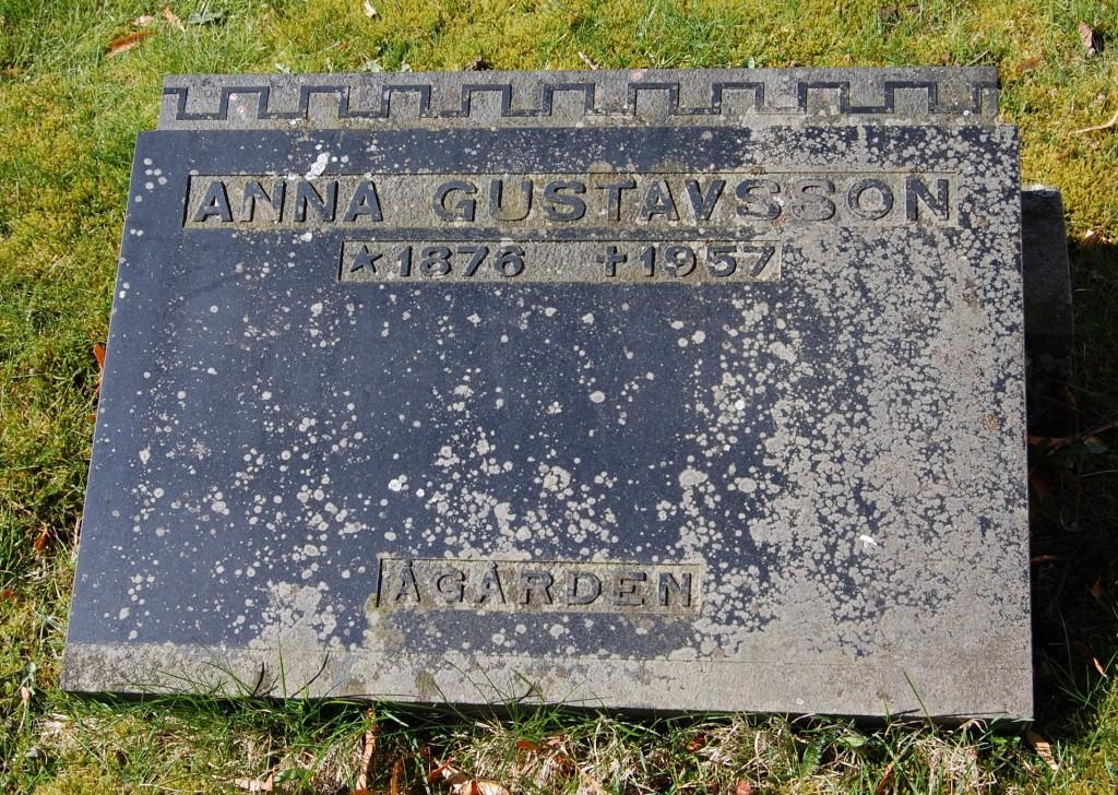 Anna Gustavsson, Ågården, Liljas