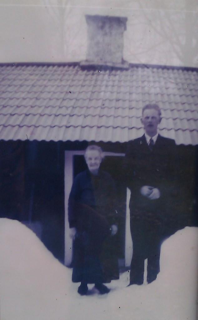 Anna Lilja och sonen Einar, född 1920