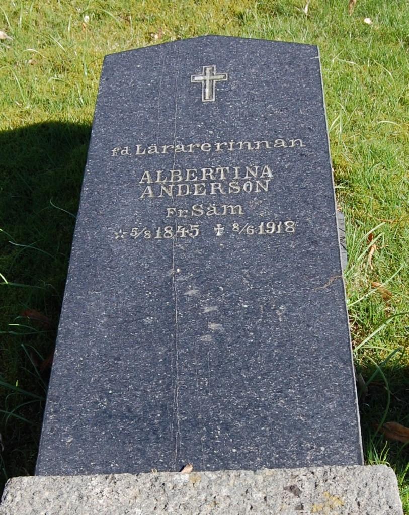 Lärarinnan Albertina Andersson, 1845-1918, beskuren