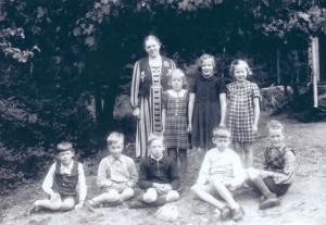 Södra Småskolan, Säm 1944-1945, klass 1-2, födda 1936-1937, bild