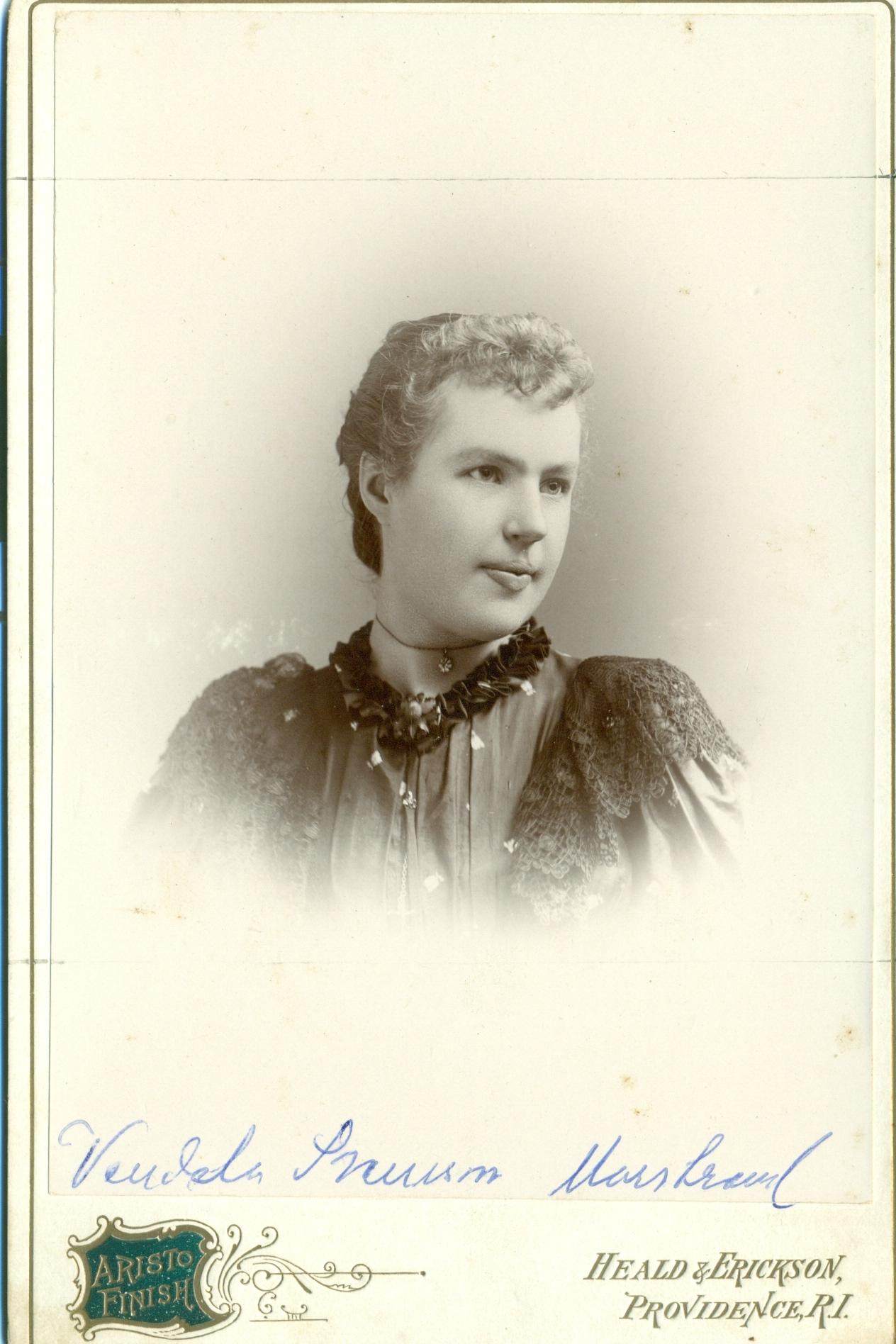 Vendela Svensson,f.11nov. 1871, emigr. 1890,Finnekumla__Providence USA, framsida